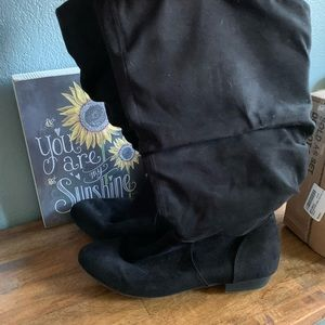 Lower East Side Slouchy Black Boots